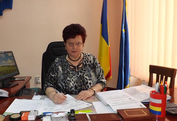 Eugenia Sabou – directorul Casei Judeţene de Pensii Satu Mare