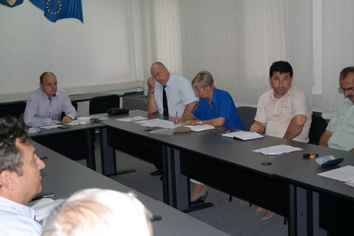 Subprefectul cere elaborarea unui plan de măsuri pentru creșterea calității apei în Negrești-Oaș