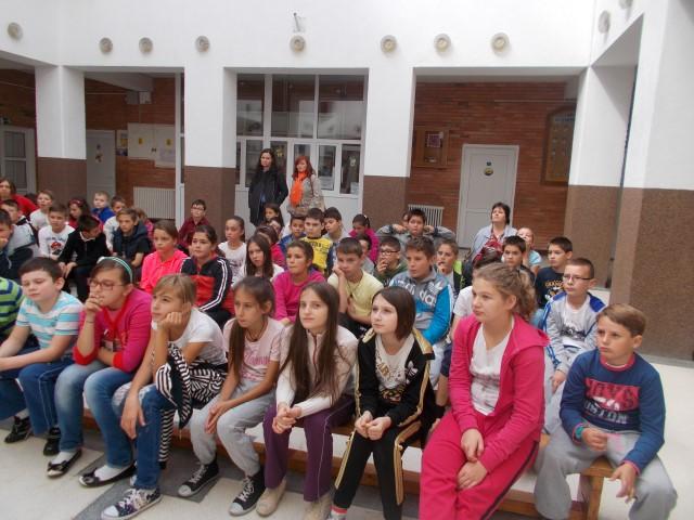 """Acțiunile dedicate """"Săptămânii Prevenirii Criminalităţii"""", continuă în școlile din Satu Mare"""