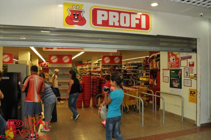 Profi a deschis două magazine la Satu Mare