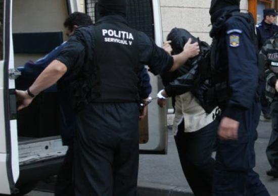 Descinderi pe Ostrovului. 21 de persoane conduse la Poliție