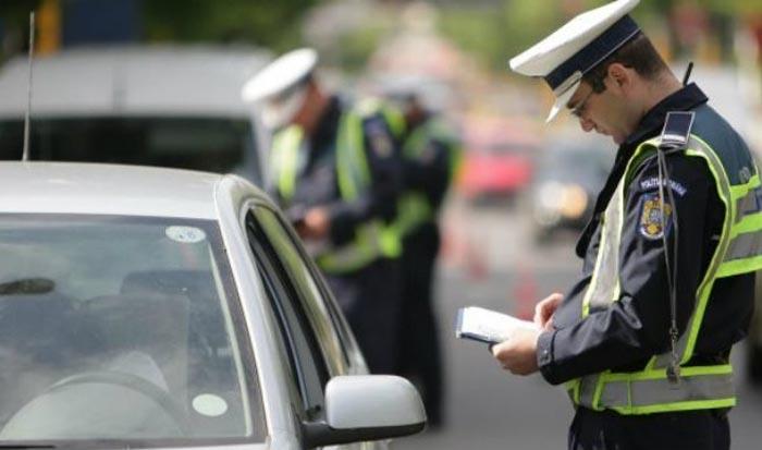 Șofer neamț prins cu numerele de înmatriculare expirate