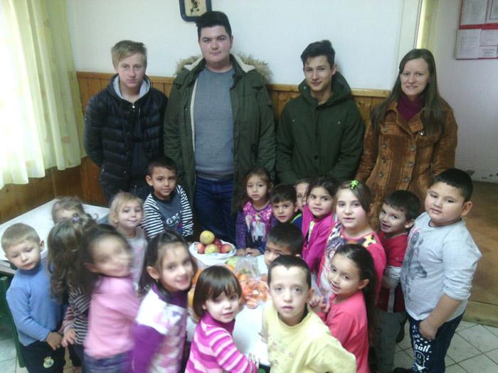"""Fructe și legume pentru copiii de la """"Don Bosco"""""""