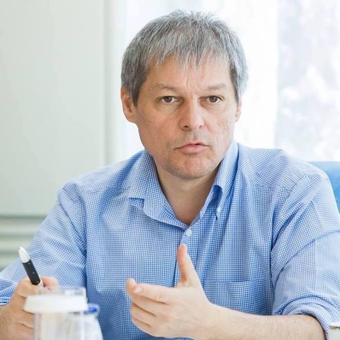 Dacian Cioloș susține PNL și este în echipă cu PNL! Pentru Guvern și majoritate după 11 decembrie!