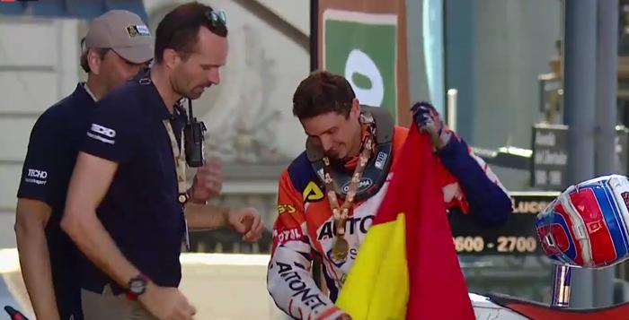 Dakar 2017 a ajuns la final: Mani Gyenes, intrare cu Steagul României în capitala Argentinei (Video)