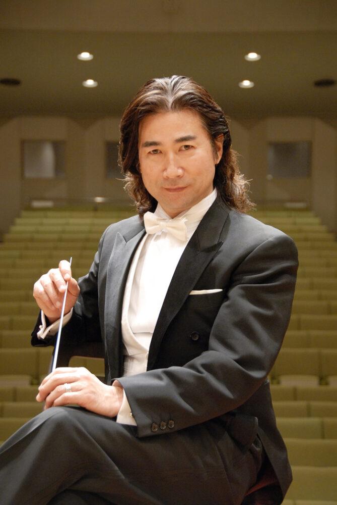Un japonez la Teatrul din Carei. Vezi detalii