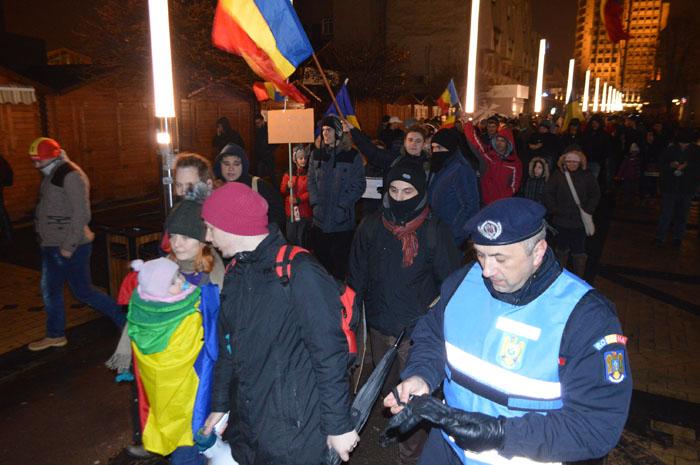 Ce le recomandă jandarmii participanţilor la proteste