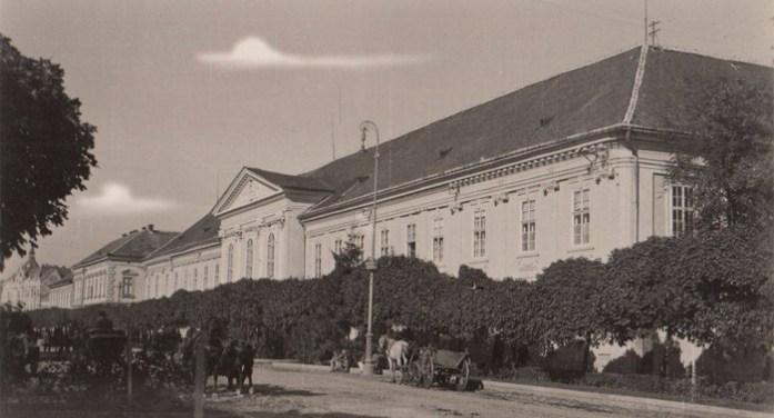 Cum arăta actuala stradă 1 Decembrie 1918 din Satu Mare, cu 100 de ani în urmă (Foto)