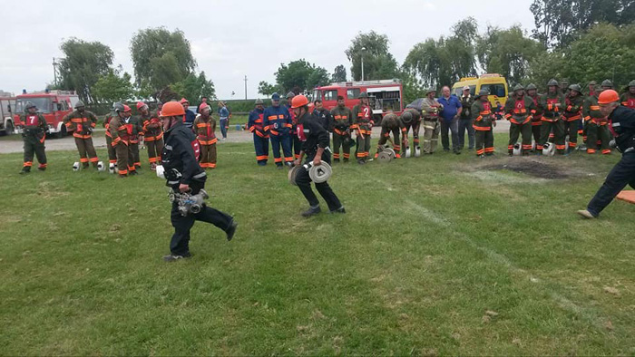 Cine sunt cei mai pricepuți pompieri voluntari (Foto)