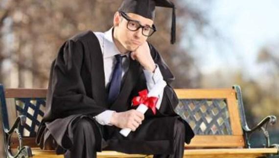 Doar 5 locuri de muncă pentru absolvenții de facultate