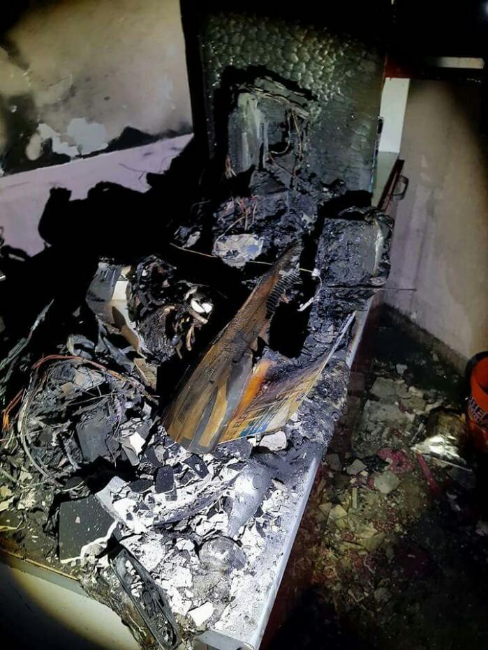 Incendiu în Carpați I. Pompierii intervin (foto)
