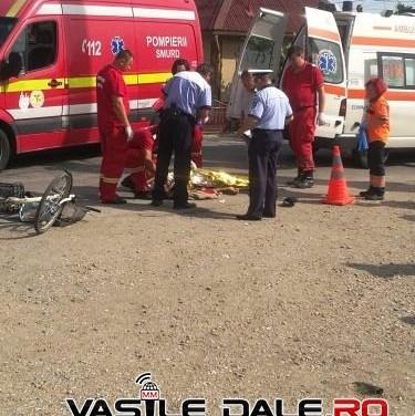 Accident mortal ! Biciclist spulberat de un TIR ! (Foto)
