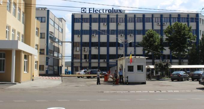 Electrolux sponsorizeaza cu zeci de masini de gatit