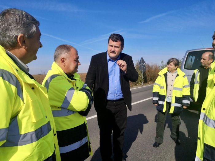 """În 3 ani, Consiliul Județean a reușit modernizarea unui drum de 55 km. E """"tronsonul cel mai lung din istoria județului"""""""