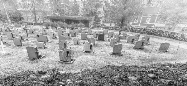 Hiljainen kaupunki - Tornion hautausmaalla_-9