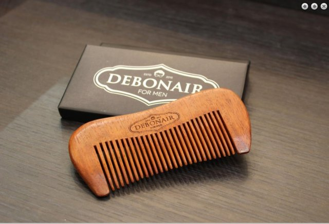 Review: Debonair for Men Handcrafted Sandalwood Comb