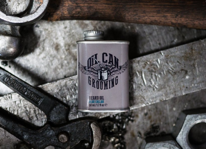 Review of Oil Can Grooming Blue Collar Beard Oil