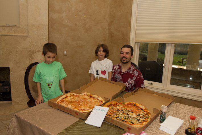 """الذكرى السنوية الحادية عشر ليوم """"بيتزا البيتكوين"""""""