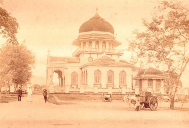 Masjid Raya Baiturrahman tahun 1881
