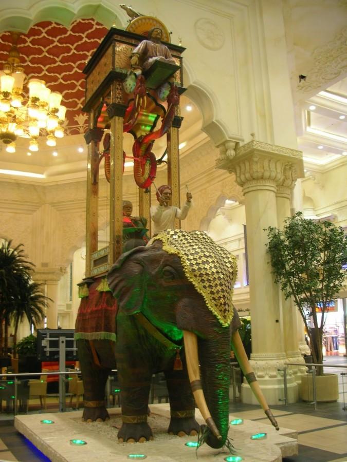 jam gajah ciptaan Al Jazari untuk menentukan waktu shalat