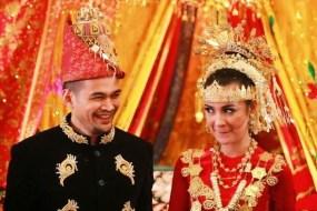 Melihat Sejenak Keunikan Nusantara dari Pakaian Adat Aceh