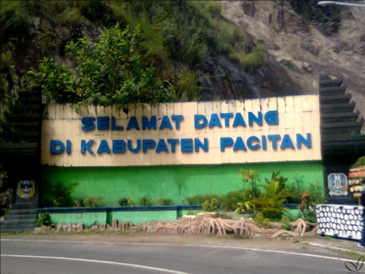 tempat wisata pacitan paling top