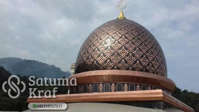 kubah masjid mewah dari tembaga