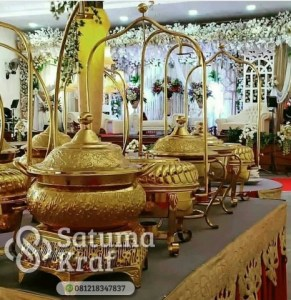 pemanas makanan dari kuningan mewah dan elegan