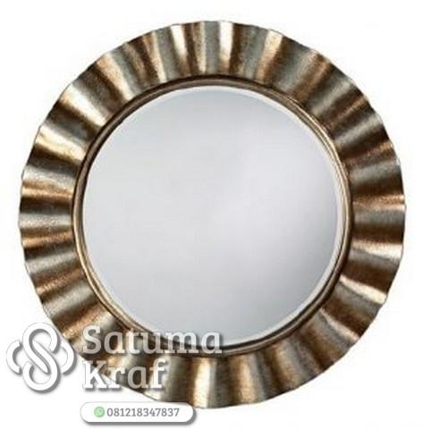 Frame cermin mewah dari tembaga