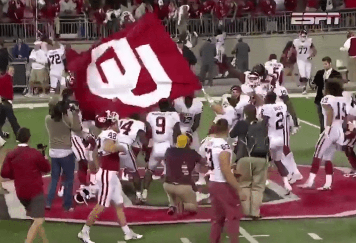 Baker Mayfield Plants Flag Block O