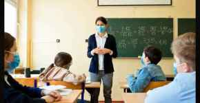 What are the expectations from a mathematics teacher?