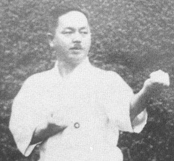 Creador del estilo Shito-Ryu