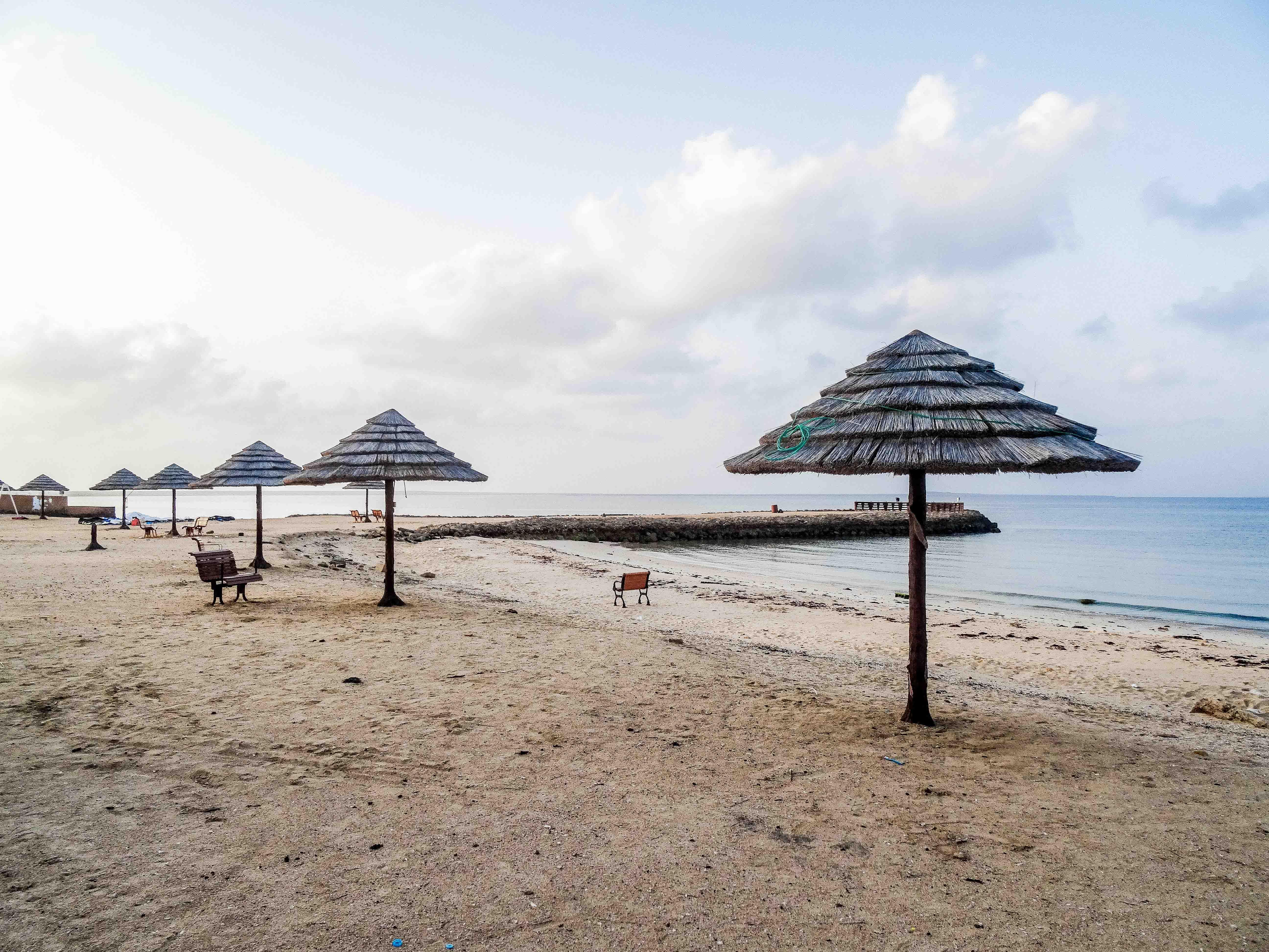 Beach at Coral Hotel in Farasan Al-Kebir (photo: Florent Egal)