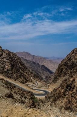 Road down the Jebel Harir (photo: F. Egal)