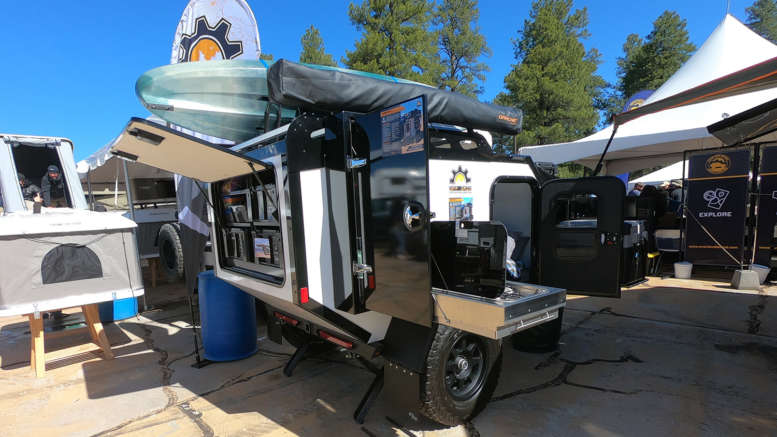 Off Grid Trailer S Expedition 2 0 Squaredrop Camper At