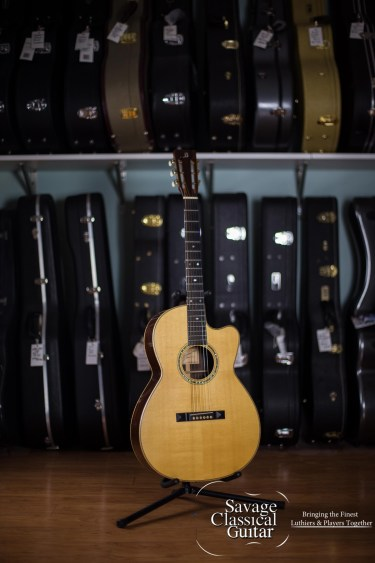 Marc Beneteau Acoustic Guitar - 2000 Model 000-12