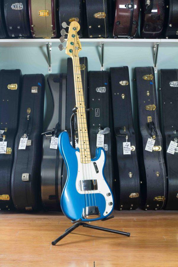 Fender Precision Bass 1972 Blue Ice #367820