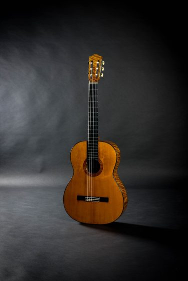 1977 Manouk Papazian Spruce Flamed Maple