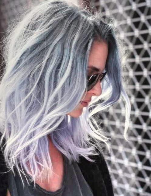 Neuer Frisuren Schulterlang Stufig Lebhaftigkeit mit Farbe