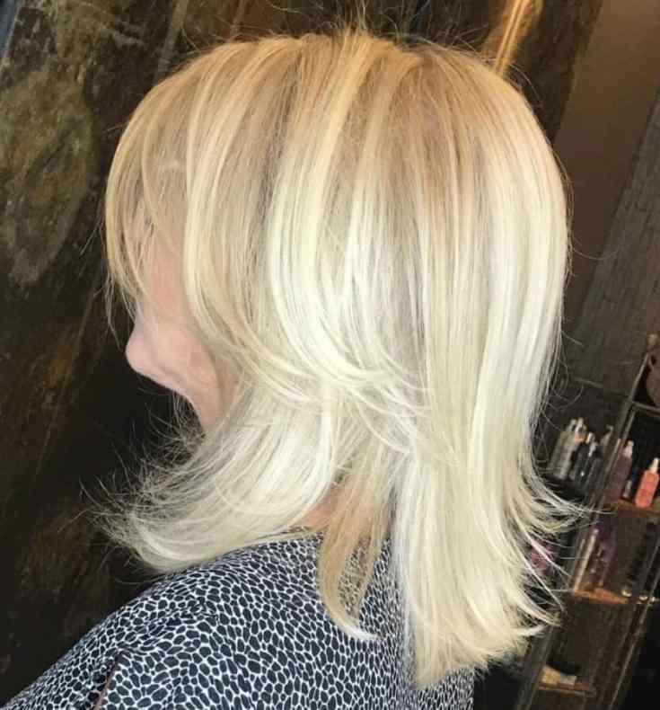 Peppige Frisuren für Frauen ab 50
