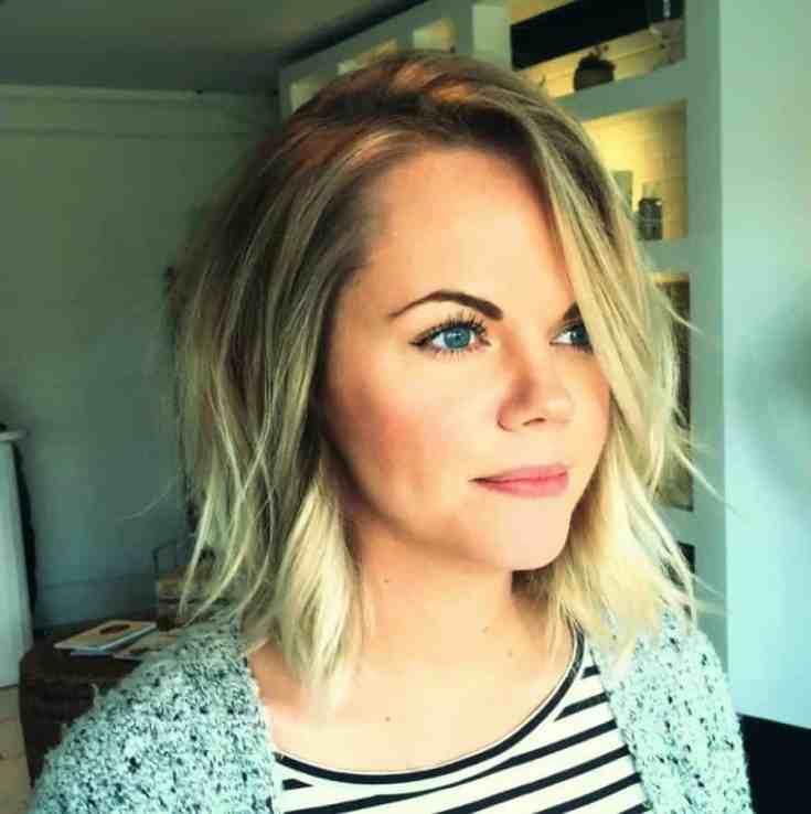 Inspirationen Frisuren für Dünnes Haar Frauen Beste Seitlich geteiltes dünnes Haar