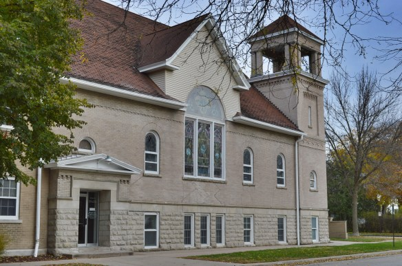The side steeple with open belfry can be seen at the Central Park Presbyterian Church, one of the contributing structures to the new B Avenue NE Historic District in Cedar Rapids. (photo/Cindy Hadish)