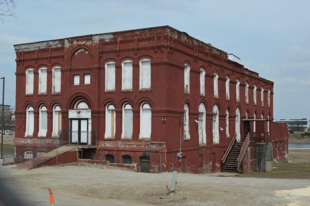 Riverfront buildings in Cedar Rapids move toward redevelopment
