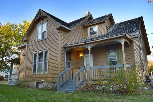 Save CR Heritage announces collaborative effort to save historic home