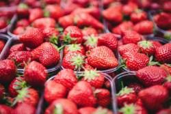 Glaçons aromatisés à la fraise save eat