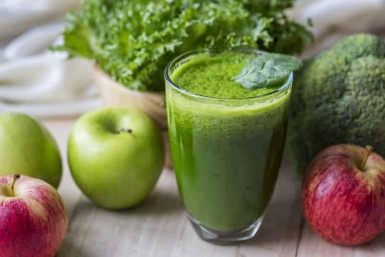Cuisiner le chou kale avec un smoothie. Recette save eat