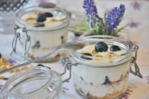 Yaourts-qui-piquent-yaourt-fruits