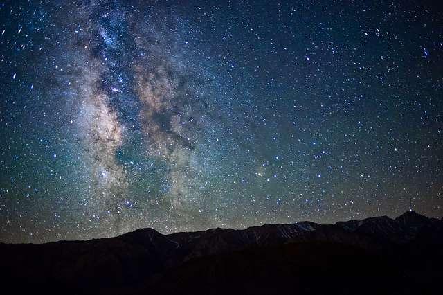 Tips Memotret Milky Way Menggunakan Lensa Kit