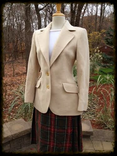 1960s-Jaeger-Wool-Camel-Hair-Cream-Blazer-2