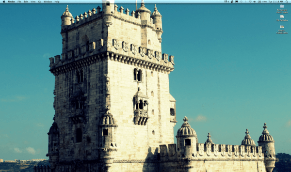 Clean-Minimalist-Desktop-Clear-No-Icons